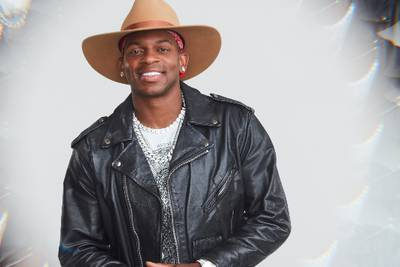 """Jimmie Allen teases he's """"in trouble"""" on 'Dancing with the Stars'"""
