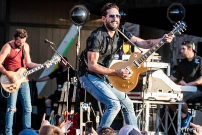 Country Thunder Releases Friday Lineup